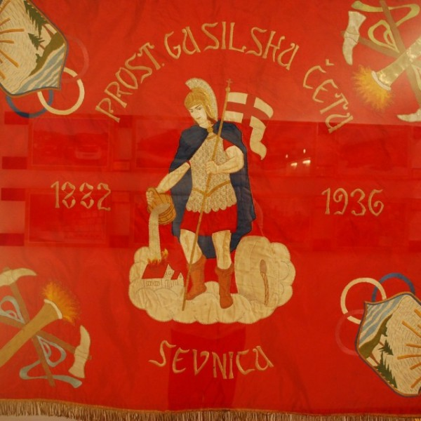 Gasilski prapor, prednja stran.  (Fire banner, front.)  Photo by Uroš Ž. (@uzizmund)