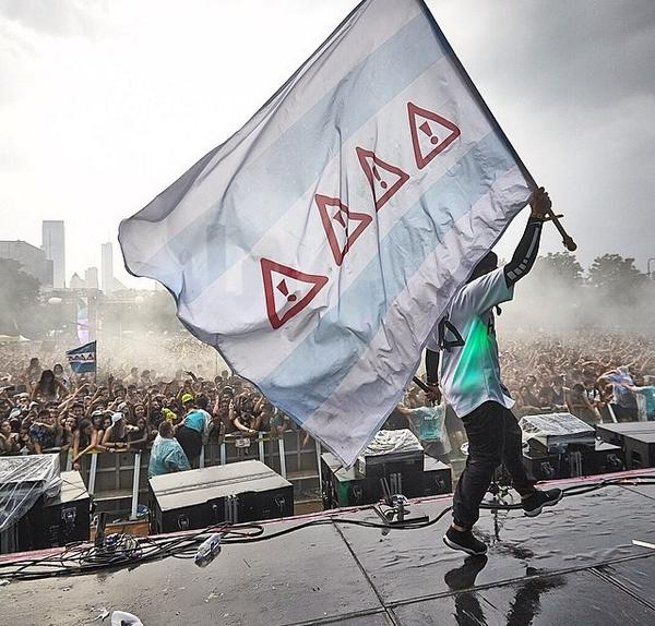 A Flosstradamusified Chicago flag.