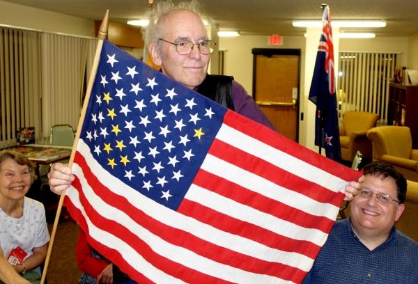 orelove-dipper-flag