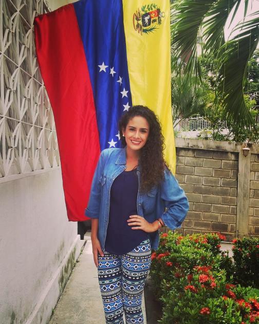 @mclaudia_vera